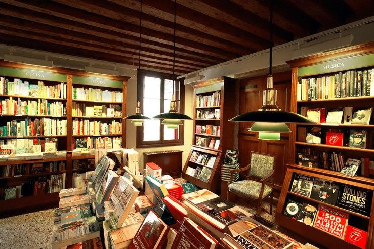 libreriapalazzoroberti_2