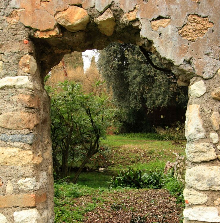 square_fratus_giardinifilosofici_ninfa_1